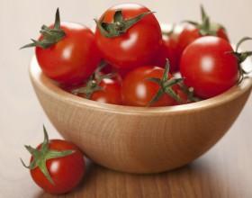 Los tomates orgánicos versus los tradicionales